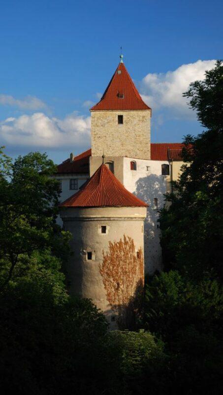 las torres del castillo de praga
